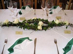Tischdekorationen für feierliche Anlässe