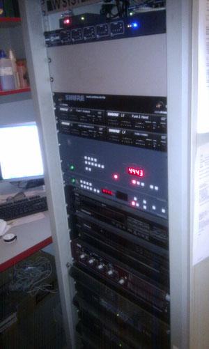 """Signalumschaltung 19 """" Rack"""