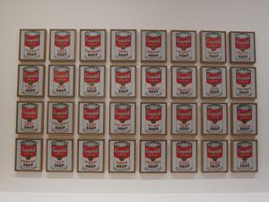 アンディ-・ウォ-ホルのキャンベル缶