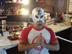 平日マスク選手