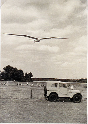 PH-80 landing at EHHV 1954