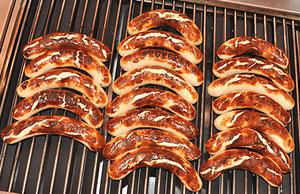 Bratwurst vom Grill der Marronizentrale Züri