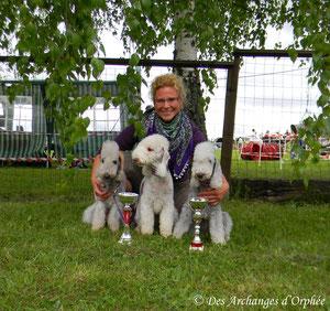 Super concours, des photos dans la rubrique Agilty pour Orphée, Olga et Tsarine !