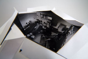 Raumstudie I . 2011 . Toner auf Papier . 10 x 15 x 10 cm