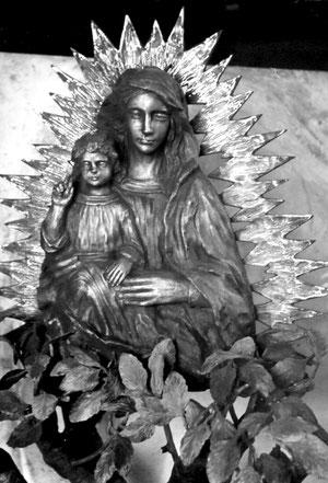 """""""Apparizione della Madonna a Santina"""",   presso il Santuario della Madonna  dell'Ambro"""