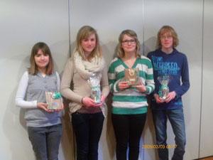 von lins nach rechts auf dem Bild: Nele Brümmer, Denise Finke, Celine Ammer und Pascal Oellrich