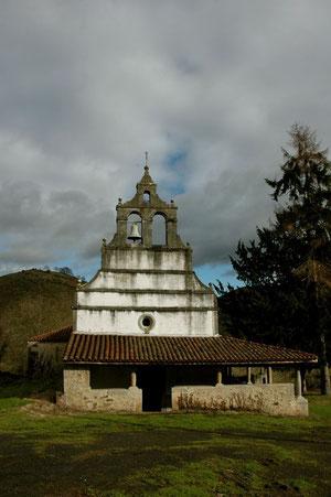 Iglesia de Santa María de Villandás