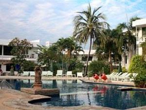 ピース リゾート パタヤ (Peace Resort Pattaya)