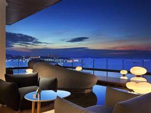 ヒルトン パタヤ (Hilton Hotel Pattaya)