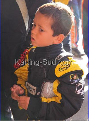 pilote  team race kid mini kart