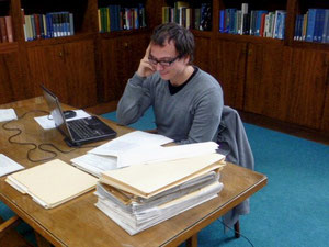 Nikolas Dörr studying in the Marshalll Library in Lexington, VA.