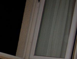 schimmel am fenster schimmel in der wohnung richtig entfernen. Black Bedroom Furniture Sets. Home Design Ideas