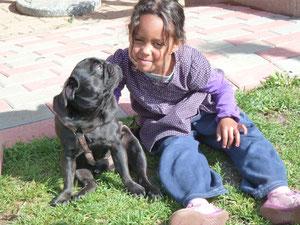 Elina und Lennox (ist unser Tageshund)