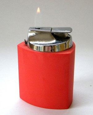 зажигалка ретро дизайн