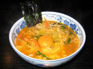 野菜たっぷり辛ラーメン (人気No.1メニュー!!) 一度食べたらクセになる味(^u^)ぜひご賞味ください