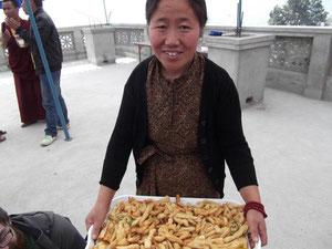 リンジーさんのチベタン・レストランはおススメ