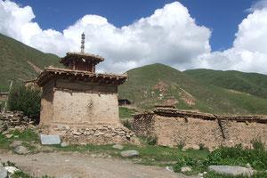 素朴な仏塔
