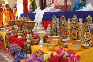 チベットの供養台