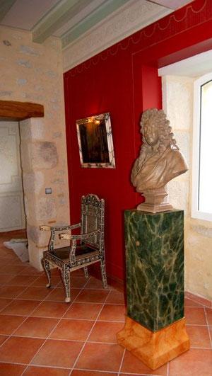 création stèle bois ,peinte faux marbres.