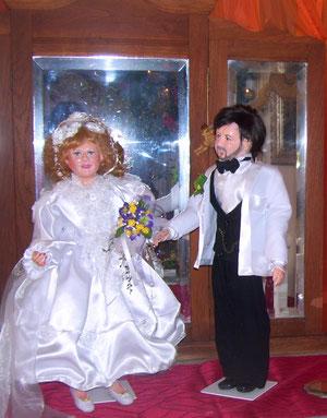 Dieses Hochzeitspuppenpaar habe ich nach einer Originalfotovorlage von 1968 nachmodelliert
