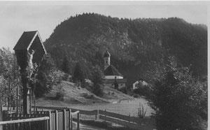 Pinswang Kirche und Burgschrofen