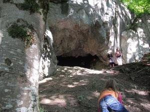 Höhle am Ländeweg