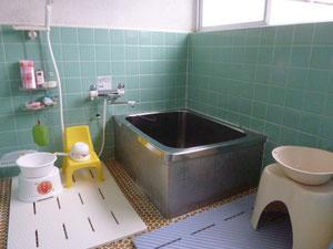 別棟の浴室