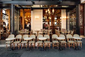 Tables de bistrot Adaptables pour terrasse extérieure de restaurant