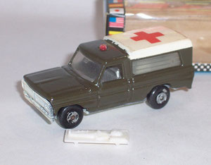 Nº 14 - Ford F100 Ambulancia Militar 2