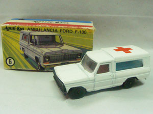 Nº 6 - Ford F-100 Ambulancia