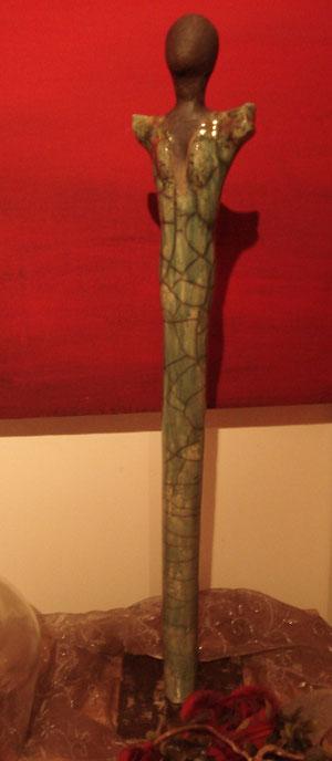 Lady in Green!zu verkaufen. 56cm  Ständer mit Eisenfuss 170.- SFr.  2011