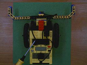 Фото 2. Использование документ-камеры для съемки и демонстрация особенностей освещения.