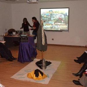 """Primera sesión de capacitación para docentes del proyecto """"Escribir como Lectores"""", esto recién comienza... 30.05.2012"""