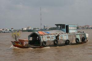 ベトナム メコン川 水上生活者