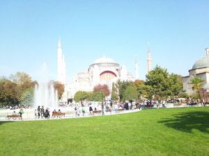 トルコのイスラーム、礼拝、モスク ザカーシ(財産の浄化、喜捨)