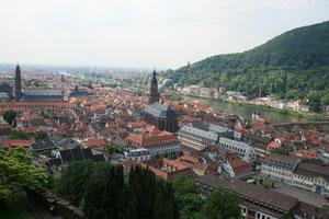 ドイツ ハイデルベルク眺望                       第二次大戦で空襲を受けなかった都市