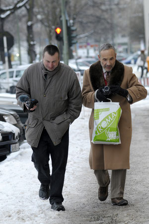 Michael Huck & Lloyd Kaufman inspecting the artificial Snow