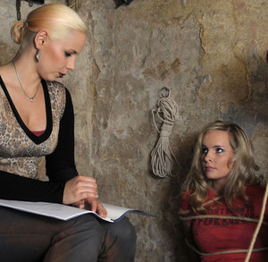 Carolin and Wenke rehearsing some scenes