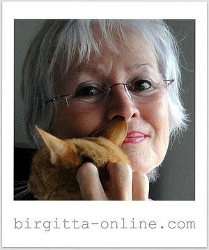 Birgitta Kulmey, 02/2012 mit einer ausgesetzten Katze
