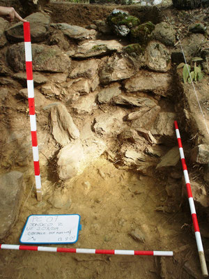 Detalle del excavación de la muralla