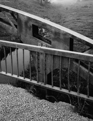 Cottonville-Stabbogenbrücke: Verschraubtes und verschweißtes Knotenblech, Blick nach Süden