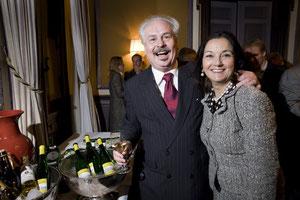 Helmut & Eva, Eva Mennes Art Productions