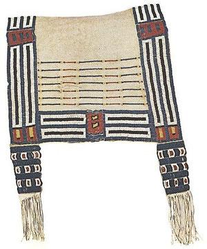 Die mit Glasperlen verzierte Satteldecke eines Cheyenne