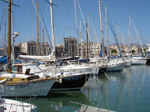 The harbour - La cala