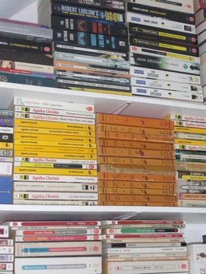 Gagner de la place en rangeant les livres à l'horizontal