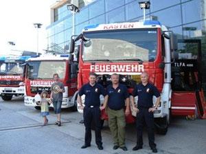 Stefan Thiel, Reinhard Jud und Gerald Weichselbaum erklärten das Fahrzeug.