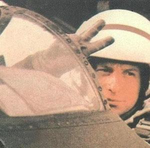 Imagen que pasaria a ser un icono de la aviación y el coraje en Malvinas.