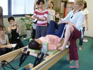 股関節、大腰筋へのアプローチ