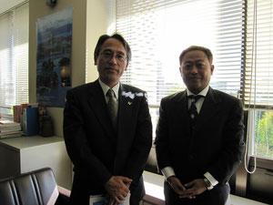 震災復興・企画部「地域復興支援課」の熊谷課長(左)と高崎理事長(右)