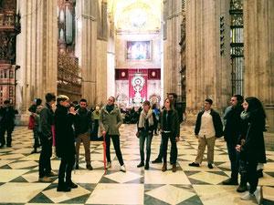 Visite guidée en français vace guide offciel de la cathédrale Notre-Dame du siège de Séville, sevilla